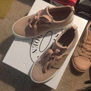 0e98ce99295 Steve Madden Shoes - Brand new STEVE MADDEN LUMI 5y   6.5